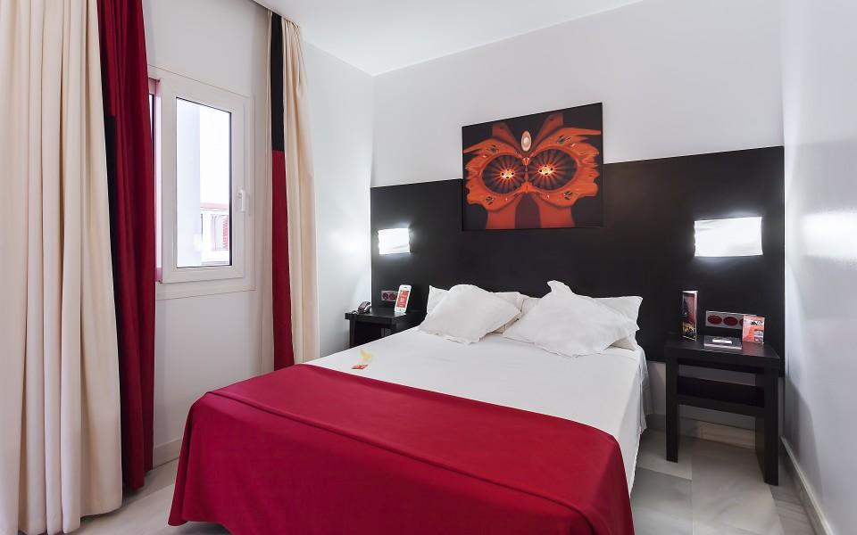 HOTEL EL PINTOR - 02